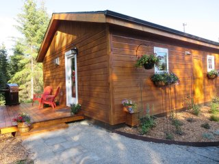 Adorable, newly built,king bed  Cottage - Whitefish vacation rentals
