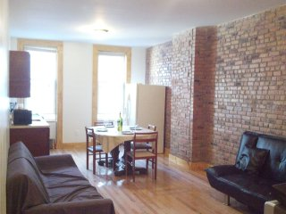 Cooper House Apt#1 Great 2 Bdrm, 20 minutes to NYC - New York City vacation rentals