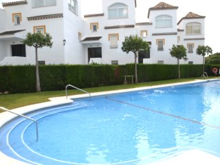Ocean view, WiFi, TV-HD,  large pool,Portel & Prk - Marbella vacation rentals