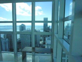 LUXURY CONDO WITH GREAT SEA & CITY VIEWS - Miami vacation rentals