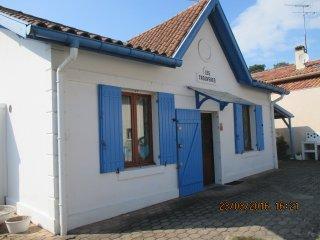 VILLA TYPIQUE DE PECHEURS AU CALME EN CENTRE-VILLE - Capbreton vacation rentals