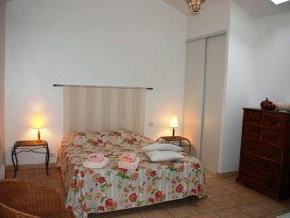 2 bedroom Apartment with Internet Access in Rousson - Rousson vacation rentals