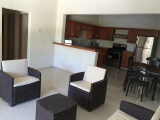 Cozy 2 bedroom Condo in Black Rock - Black Rock vacation rentals