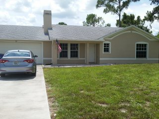 RELAX ON YOUR TIME!! FUN, BEACH, SHOPPING!!! - Fort Myers Beach vacation rentals