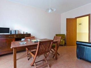 Romantic 1 bedroom Sant'Alfio House with Internet Access - Sant'Alfio vacation rentals