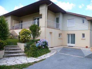 Appartements T1 de Bordeaux Pessac Meublés Équipés - Pessac vacation rentals