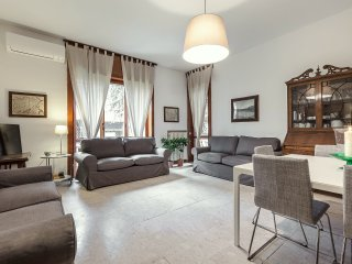 MILANO DOWNTOWN APARTMENT - Milan vacation rentals