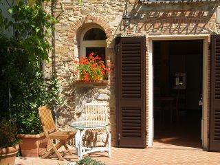 TIPICO RUSTICO TOSCANO A LUCCA - Capannori vacation rentals