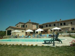 CASA ISA T - Asciano vacation rentals