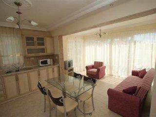 Perfect 2 bedroom Apartment in Oludeniz - Oludeniz vacation rentals