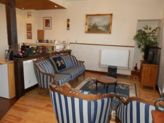 Chateau Vue Cottage - Josselin vacation rentals