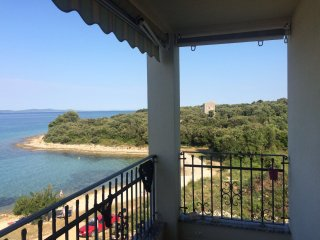 Charming 2 bedroom apartment, 20m from the beach - Kozino vacation rentals