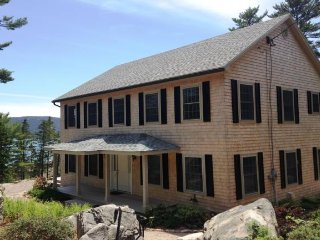 Lovely House with Internet Access and Dishwasher - Mount Desert vacation rentals