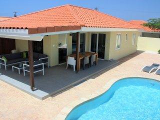 3 bedroom Villa with Internet Access in Oranjestad - Oranjestad vacation rentals