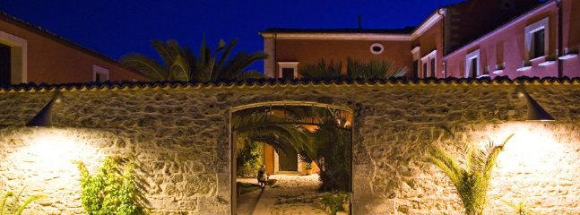 6 bedroom Villa in Ragusa, Ragusa Area, Sicily, Italy : ref 2230498 - Image 1 - Ragusa - rentals