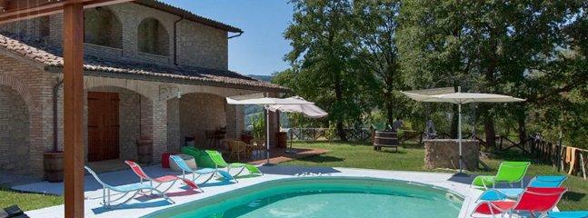 4 bedroom Villa in Valtopina, Campagna Umbra, Umbria, Italy : ref 2230596 - Image 1 - Valtopina - rentals