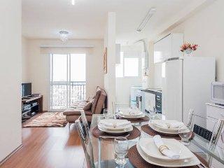 Apartamento no Centro Proximo ao Aeroporto - Guarulhos vacation rentals