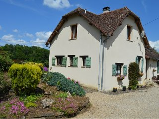 Peaceful Cottage in Dordogne with private pool - Glandon vacation rentals