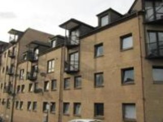 Cozy Condo with Internet Access and Kettle - Glasgow vacation rentals