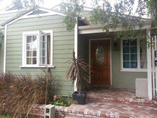 2bedroom 1/bath Cottage Yard super Charming - Santa Monica vacation rentals