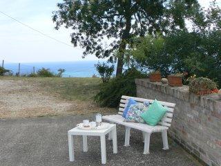 splendido casolare in zona panoramica - Martinsicuro vacation rentals