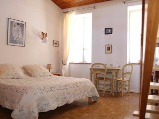Chambres d'hôtes L'Arche des Chapeliers - Foix vacation rentals