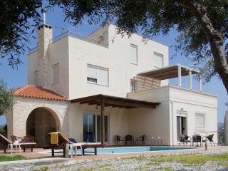 4 bedroom Villa with Internet Access in Kalyves - Kalyves vacation rentals