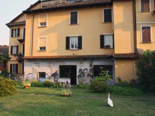 Cozy 2 bedroom Condo in Cannobio with Garage - Cannobio vacation rentals