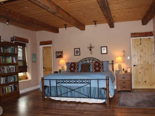 Casa De Cuentos-Mystical Bliss-Hot Tub, BEST Views - Taos vacation rentals