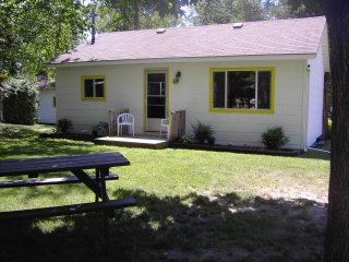 3 Bedroom Beach Cottage Woodland Cedars - Wasaga Beach vacation rentals