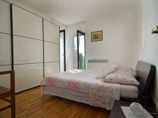 TH01099 Apartment Gasparini / Three bedrooms - Pula vacation rentals