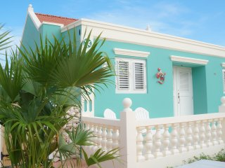 Green Cunucu Villa with Pool - Noord vacation rentals