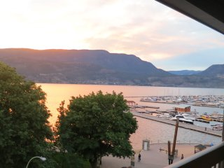 Waterfront  2 bdrm newly renovated condo downtown - Kelowna vacation rentals