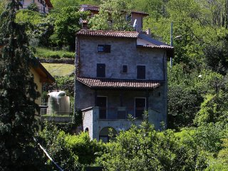 Charming House with Internet Access and Television - San Siro vacation rentals