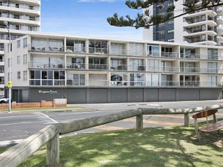 Lovely 2 bedroom House in Tweed Heads with Garage - Tweed Heads vacation rentals