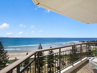 2 bedroom House with Shared Outdoor Pool in Tweed Heads - Tweed Heads vacation rentals