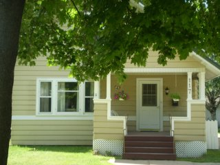 Enjoy The Comforts of Home & Dogs Are Welcome - Wausau vacation rentals