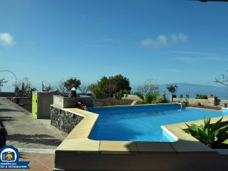 Bright House with DVD Player and Wireless Internet - Guia de Isora vacation rentals