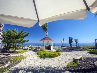 Nice Condo with Shared Outdoor Pool and Balcony - San Miguel de Abona vacation rentals