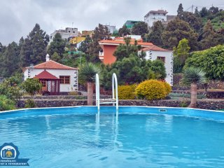Beautiful House with Shared Outdoor Pool and Balcony - La Guancha vacation rentals