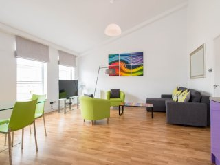 Split Level North Penthouse - 2 Bedrooms - London vacation rentals
