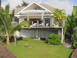 Kona Bay Seaclusion-Oceanfront with Pool - Kailua-Kona vacation rentals