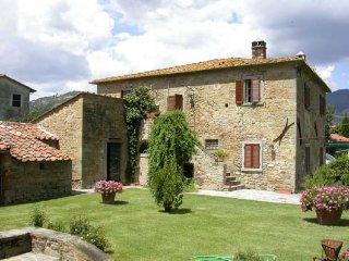 Casa La Bozza - Azienda Fontelunga - Cortona vacation rentals