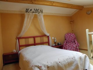 Nice Cadenet Studio rental with Internet Access - Cadenet vacation rentals