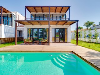 R10 Infinity sea view private pool - Nea Moudhania vacation rentals