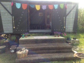 Beautiful family friendly railway carriage nr sea - Charmouth vacation rentals