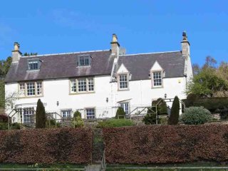 Comfortable 6 bedroom House in Newtown St Boswells - Newtown St Boswells vacation rentals