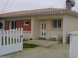 Maison Villa 6pers à50m de la plage VERDON sur MER - Le Verdon Sur Mer vacation rentals