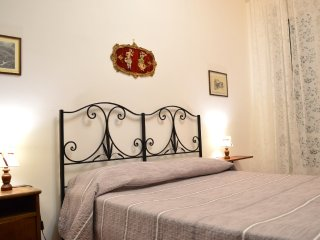 Trastevere Vacanze Romane with Air Conditioning - Rome vacation rentals