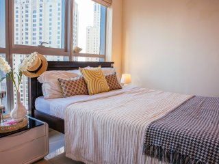 Fantastic Studio with Unbelievable Views! - Dubai vacation rentals